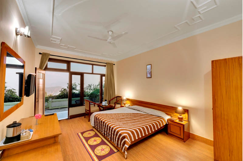 Suman Royal Resort-Luxury Room